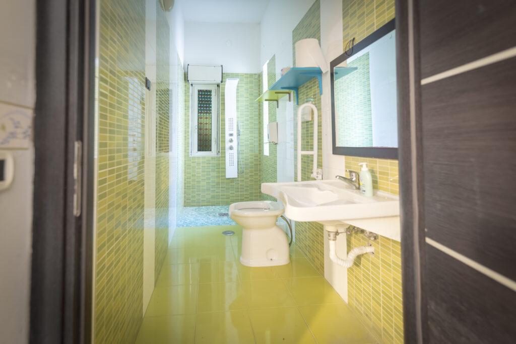 bagno disabili residenza per assistenza sanitaria